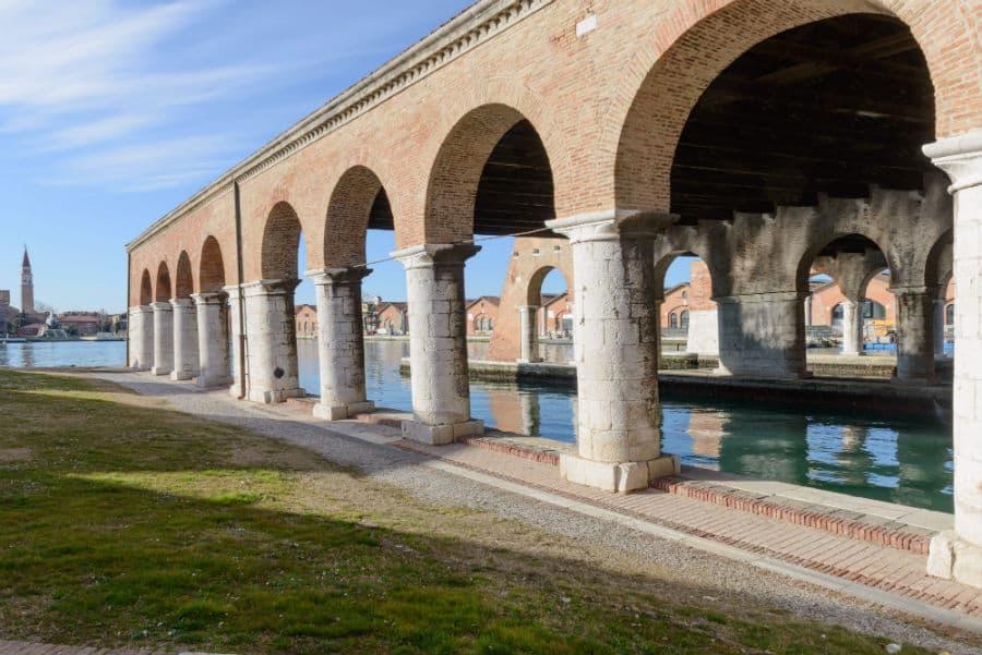 Venice Biennial: Viva Arte Viva